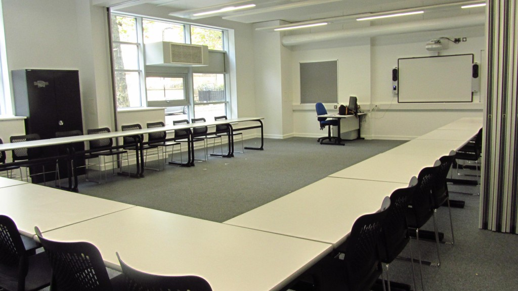 Double Classroom in Conference style